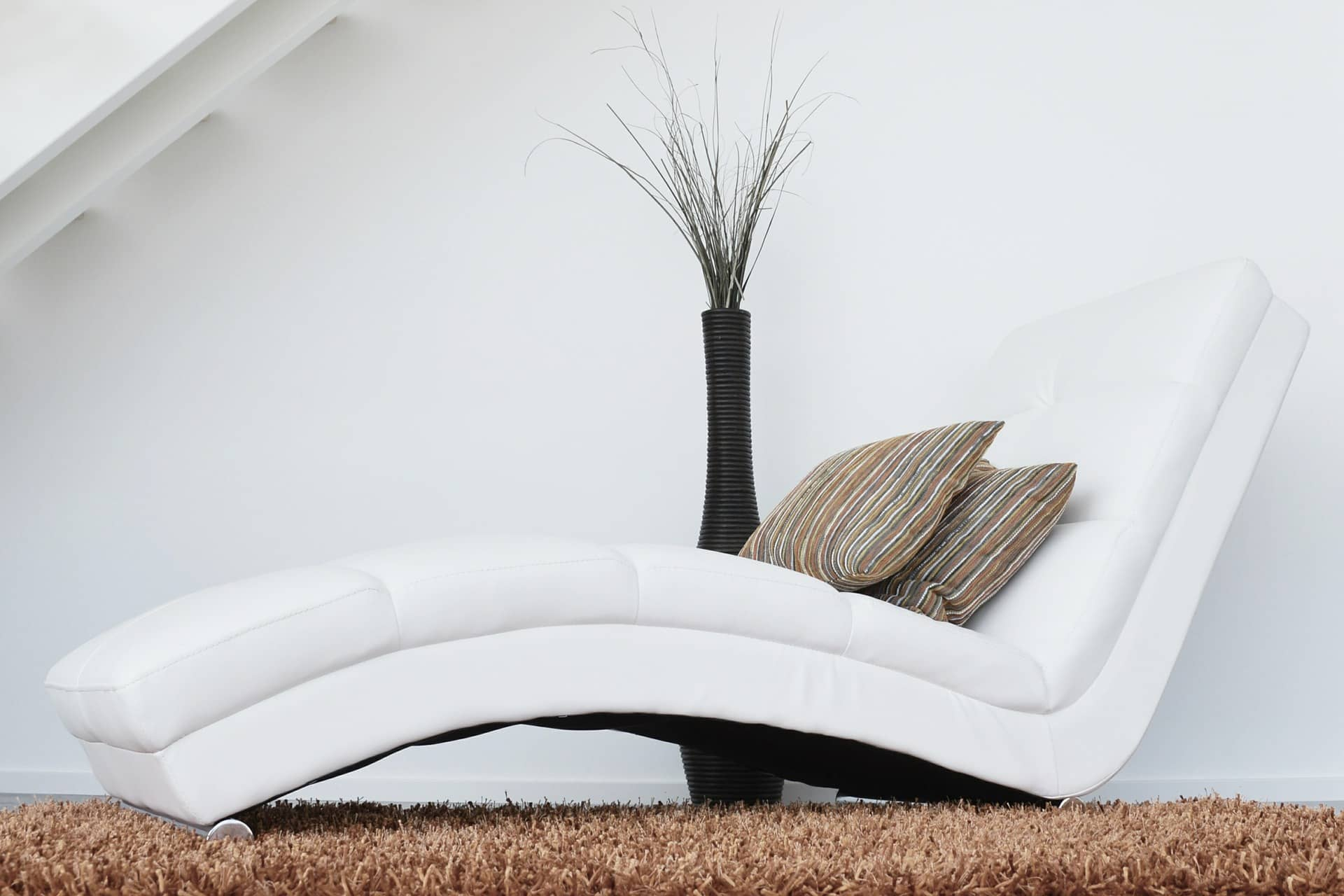 white chaise longue